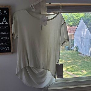 Fall in place short sleeve (TAGS ATTACHED) SIZE 6